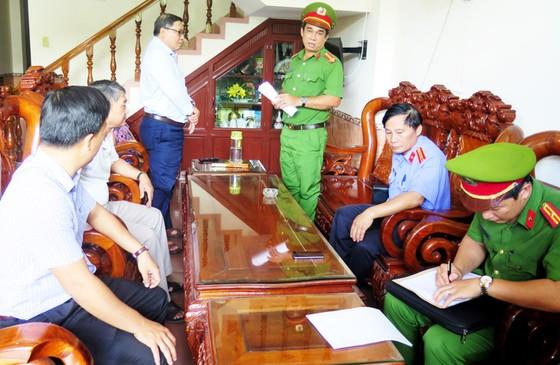 Công an Phú Yên bắt giam nguyên Chủ tịch UBND huyện Đông Hòa  ảnh 2