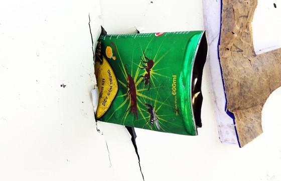 Kho chứa 4.000 thùng thuốc xịt kiến, gián, muỗi... bốc cháy, nổ như đạn pháo  ảnh 3