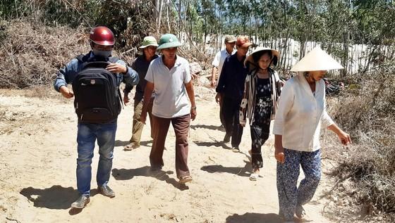 """Phản đối """"đất tặc"""" trên núi Mò O, một người phụ nữ ngất xỉu rồi tử vong ảnh 3"""