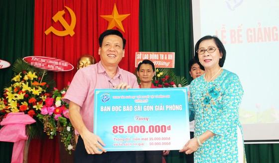 2,3 tỷ đồng ủng hộ Trung tâm Nuôi dạy trẻ khuyết tật Võ Hồng Sơn ảnh 9