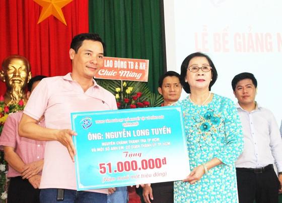 2,3 tỷ đồng ủng hộ Trung tâm Nuôi dạy trẻ khuyết tật Võ Hồng Sơn ảnh 12
