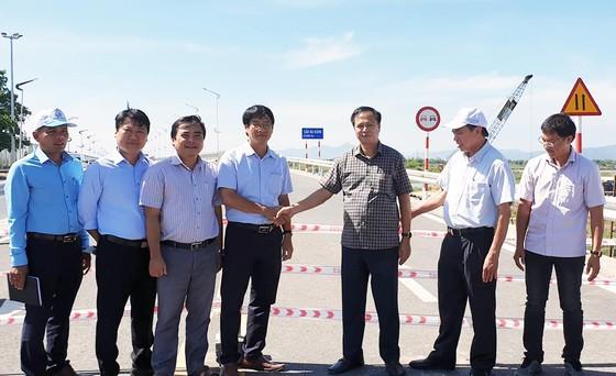 Chính thức thông xe cầu dài nhất trên quốc lộ 1 - miền Trung ảnh 1