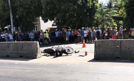 Liên tiếp xảy ra tai nạn giữa xe tải và xe máy khiến 4 người tử vong ảnh 2