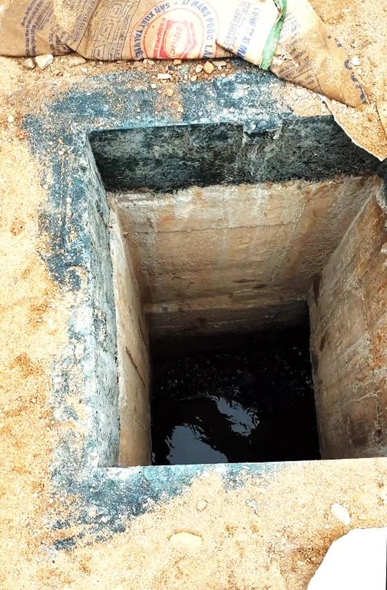 Bé trai 5 tuổi bị rớt xuống miệng cống công trình, trôi vào đường ống thoát nước ảnh 2