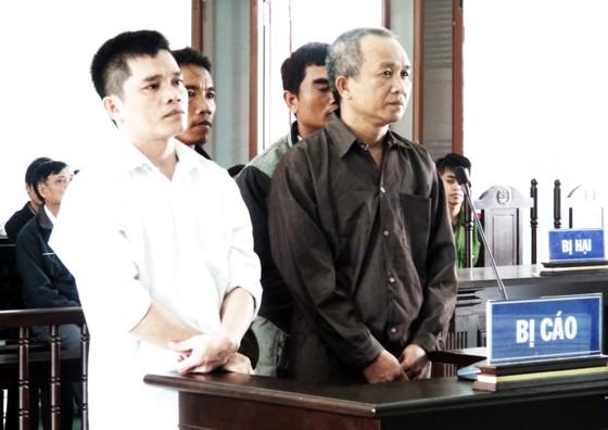 4 bị cáo lãnh án trên 35 năm tù trong vụ phá rừng ở Phú Mỡ ảnh 1