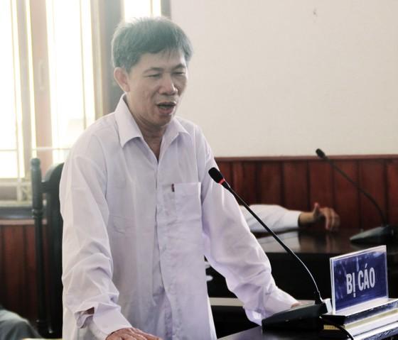 Vụ cựu cán bộ Cục Thuế Bình Định nhận hối lộ: Tòa phúc thẩm triệu tập bổ sung 10 điều tra viên ảnh 1
