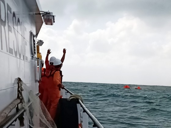 """Tàu Toàn Phát 68 chìm trên biển: """"Thuyền trưởng đã quên thân mình để cứu chúng tôi!"""" ảnh 1"""