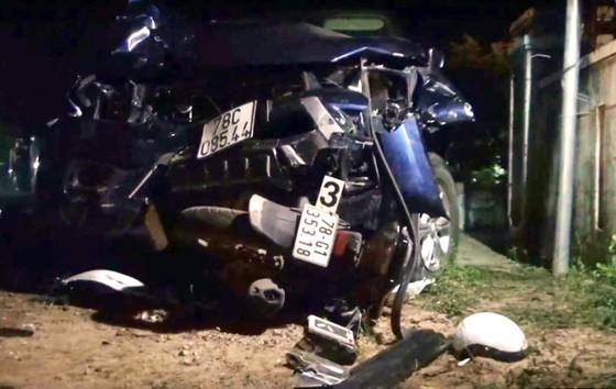 Ba người nhập viện sau tai nạn giao thông nghiêm trọng ở Phú Yên ảnh 2