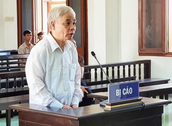 Giảm án cho cựu chánh án tòa án cùng 3 thuộc cấp tham ô tài sản ảnh 3