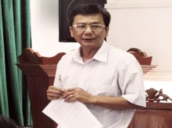 Khởi tố nguyên Phó Chủ tịch huyện để sai phạm trong quản lý đất  ảnh 1