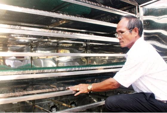 Sấy mực bằng năng lượng mặt trời tạo ra sản phẩm an toàn ảnh 5