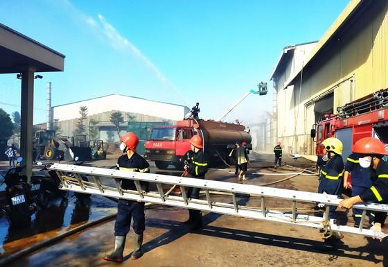 Lại xảy ra cháy tại khu công nghiệp Phú Tài, Bình Định ảnh 1