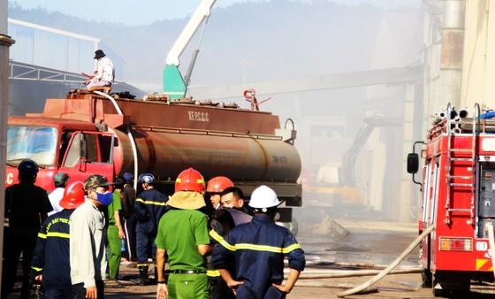 Lại xảy ra cháy tại khu công nghiệp Phú Tài, Bình Định ảnh 9