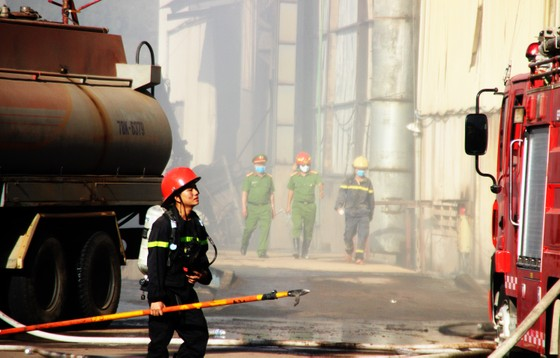 Lại xảy ra cháy tại khu công nghiệp Phú Tài, Bình Định ảnh 10
