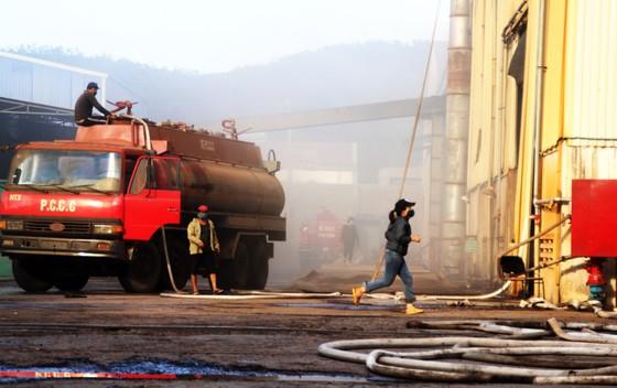 Lại xảy ra cháy tại khu công nghiệp Phú Tài, Bình Định ảnh 13
