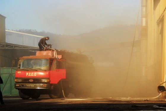 Lại xảy ra cháy tại khu công nghiệp Phú Tài, Bình Định ảnh 17