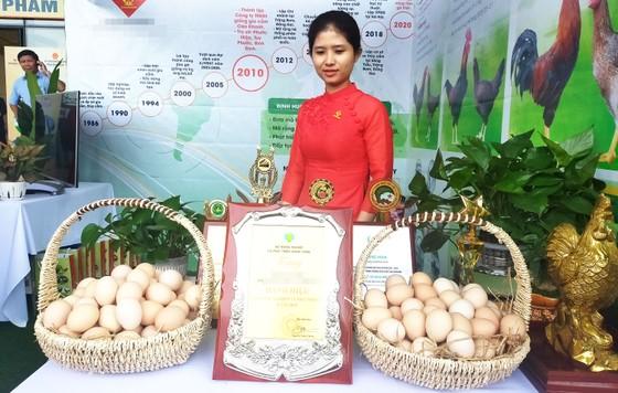 Lễ hội ẩm thực, quảng bá sản phẩm gà tại Bình Định ảnh 1