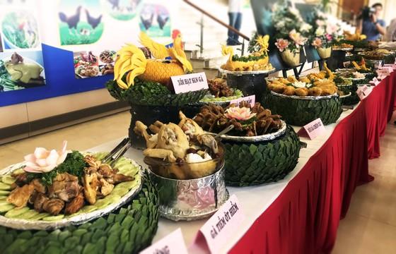 Lễ hội ẩm thực, quảng bá sản phẩm gà tại Bình Định ảnh 3