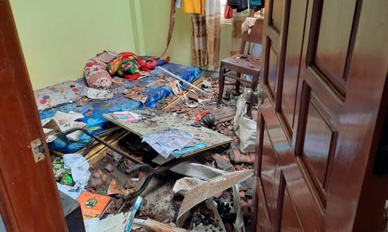 Đám cháy thiêu rụi nhiều tài sản trong căn nhà 2 tầng ở Quy Nhơn ảnh 4