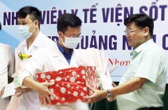 Bình Định, Phú Thọ chi viện hàng chục y, bác sĩ hỗ trợ Quảng Nam phòng chống dịch Covid-19 ảnh 5