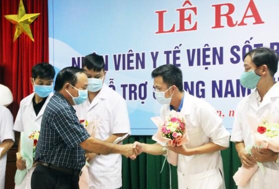 Bình Định, Phú Thọ chi viện hàng chục y, bác sĩ hỗ trợ Quảng Nam phòng chống dịch Covid-19 ảnh 6