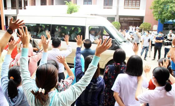 Bình Định, Phú Thọ chi viện hàng chục y, bác sĩ hỗ trợ Quảng Nam phòng chống dịch Covid-19 ảnh 13
