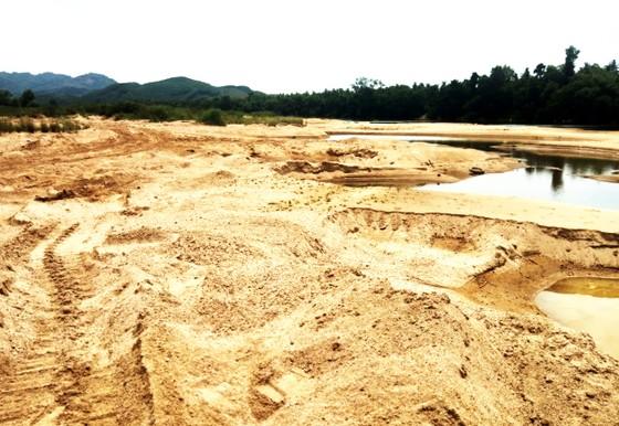 Bình Định quy định thời gian khai thác cát để 'né' lũ ảnh 2