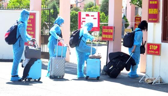 Phú Yên đón 339 công dân từ Liên Bang Nga về khu cách ly tập trung ảnh 2