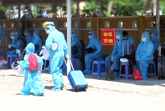 Phú Yên đón 339 công dân từ Liên Bang Nga về khu cách ly tập trung ảnh 3