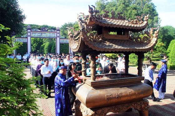 Bình Định tổ chức lễ giỗ Hoàng đế Quang Trung ảnh 8