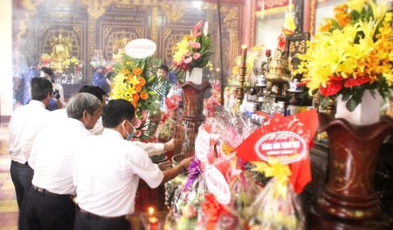 Bình Định tổ chức lễ giỗ Hoàng đế Quang Trung ảnh 9
