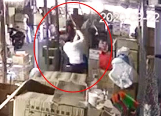 Điều tra vụ người phụ nữ 62 tuổi bị hành hung dã man ở Phú Yên ảnh 1