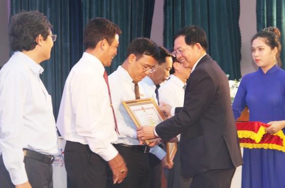 Chính thức cấp điện cáp ngầm cho 3.000 dân đảo Cù Lao Xanh ảnh 6