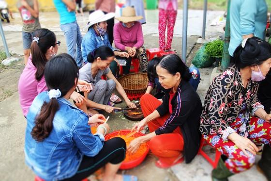 Xúc động cảnh người dân quyên góp, nấu ăn cho bộ đội tìm kiếm người mất tích ở Rào Trăng 3 ảnh 9