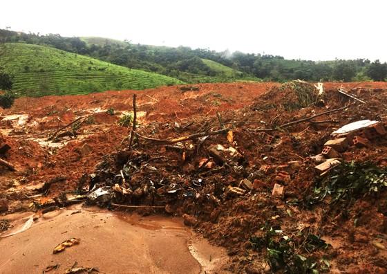 Đã tìm thấy thi thể 14 người tại khu vực sạt lở đất ở Đoàn Kinh tế quốc phòng 337 ảnh 7