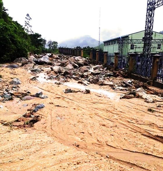 Bình Định báo cáo sự cố sạt lở tại Thủy điện Vĩnh Sơn 5 ảnh 2