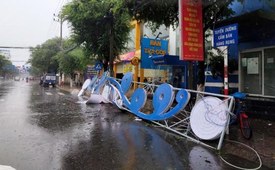 Những thiệt hại ban đầu của cơn bão số 12 ảnh 2
