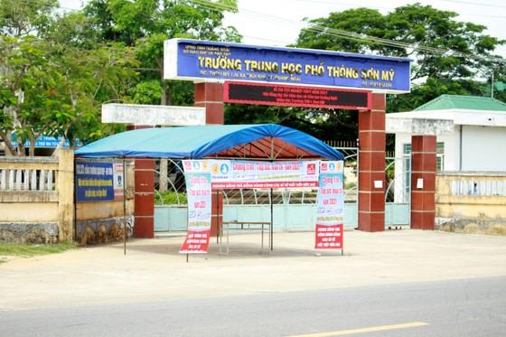 Thi tốt nghiệp THPT 2021: Nỗ lực hỗ trợ, bảo vệ kỳ thi tại các tỉnh vùng dịch miền Trung ảnh 2