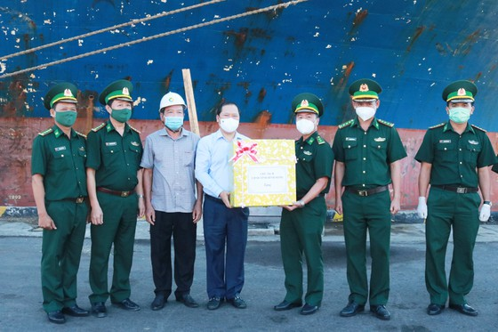 Bình Định thuê máy bay đưa 1.000 công dân từ TPHCM về quê ảnh 3