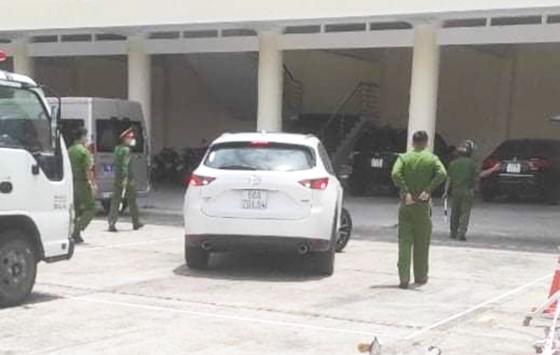 Truy bắt tài xế vượt chốt kiểm dịch vào TP Quy Nhơn ảnh 2