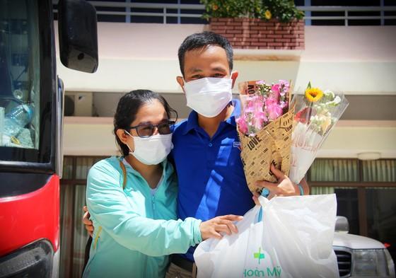 Đoàn y, bác sĩ Bình Định lên đường vào TPHCM, Bình Dương chống dịch ảnh 4