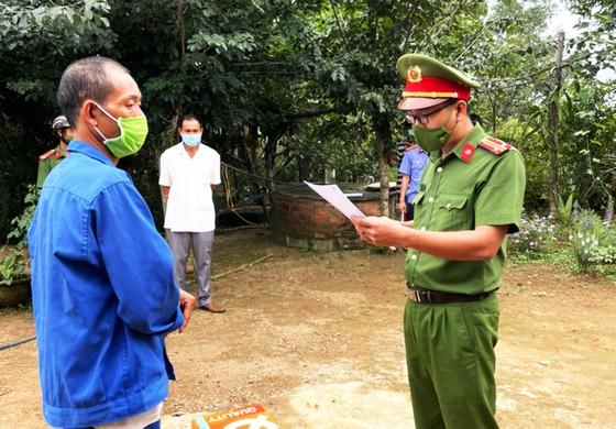 Phú Yên: Bắt thêm 2 đối tượng phá trắng rừng ở huyện Sơn Hòa ảnh 2