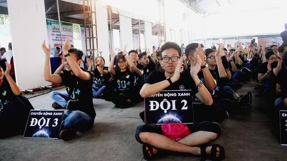 Hơn 2.000 tình nguyện viên tham gia phát động chiến dịch Giờ Trái đất 2018 ảnh 1