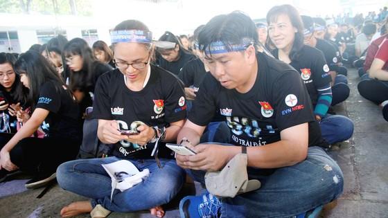 Hơn 2.000 tình nguyện viên tham gia phát động chiến dịch Giờ Trái đất 2018 ảnh 5