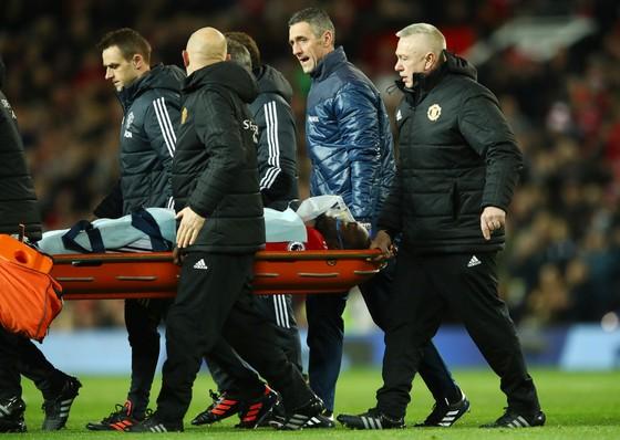 Lukaku chấn thương, Mourinho mất ngôi nhì ảnh 4