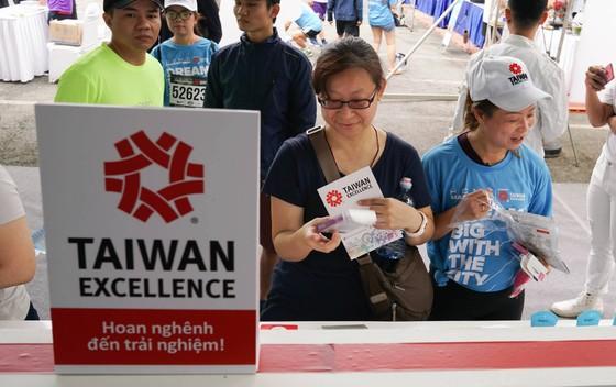"""Taiwan Excellence cùng """"Mơ Giấc mơ lớn"""" đồng hành 8.000 VĐV ảnh 13"""