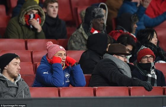 4 ngày, Wenger thua đậm Pep Guardiola 2 lần ảnh 8