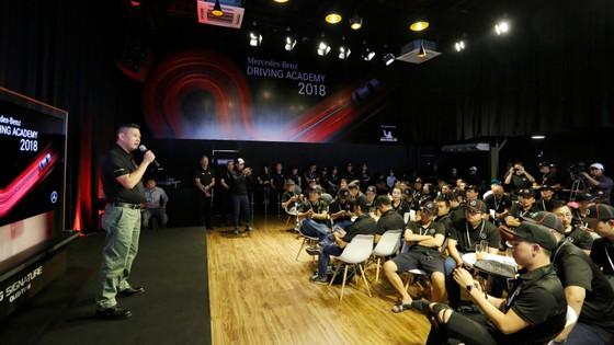 Chương trình Mercedes-Benz Driving Academy 2018 dành cho khách