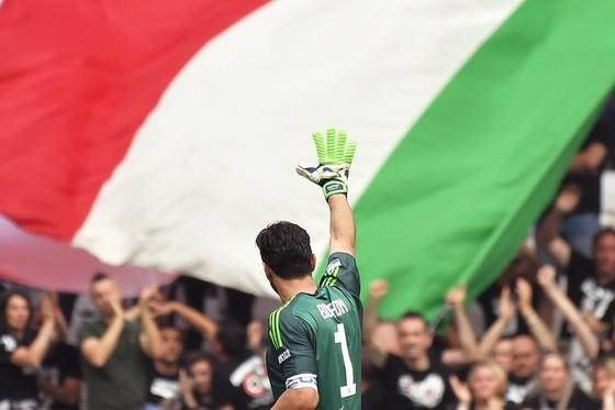 Chia tay Gianluigi Buffon, Juve giành Scudetto thứ 7 liên tiếp ảnh 4