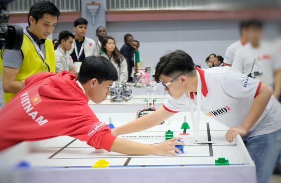 Đoàn Việt Nam đoạt giải Future Innovator ở Robotics Quốc tế WRO 2018